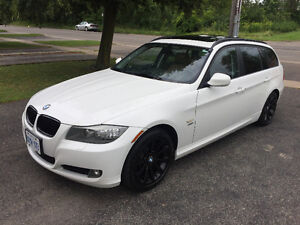 2011 BMW 328xi wagon, 3-series, E91