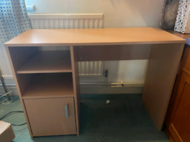 Mint condition office desk
