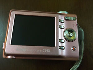 Kodak EasyShare Zoom Pink Bundle Works Good