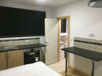 NEWLY REFURBISHED FLAT TO RENT IN BEESTON LS11. ALL BILLS INCLUDED**