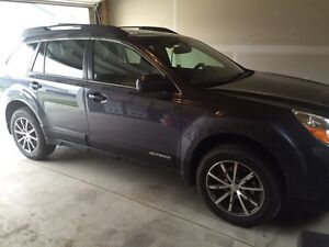 2014 SUBARU OUTBACK 2.5 LIMITED W/ eyesight package  REDUCED!!