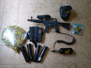 Tippmann Bravo One with E-Grip, Pods, HPA tank + line, mask