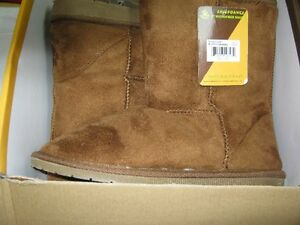 """sheepdawgs 9"""" microfiber boots, size 8/38, color-chestnut. new"""