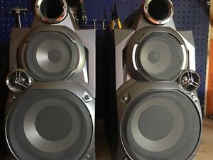 Jvc x2 speakers (70w)  and subwoofers (150w)