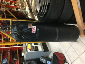 YORK BOXING BAG HEAVY DUTY CHAMPOIN QUALITY