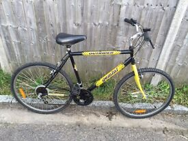 Gemini Outrider Mountain Bike. Free Lock, Lights & Delive