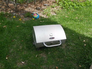 Grill Mate Table Top Bar be que