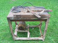 Vintage Table Saw 1 HP Works well! Scie a table  1 cheval-vapeur