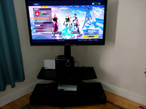 "Samsung 43"" LED 3D Tv and tv stand for sale in Deep River."