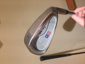 U.S Kids Right Handed Golf Clubs (63-43) Cambridge Kitchener Area image 5