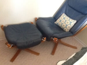 Mid-Century Sigurd Ressell Falcon Chair and Foot Stool