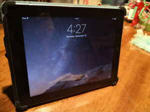 Excellent Condition Ipad 2 with original charge