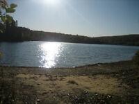 Terrain de villégiature à quelques pieds du Lac Allard 1/2 prix