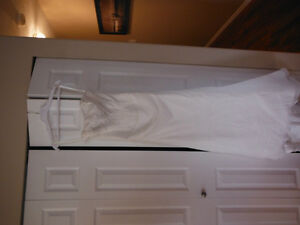 BEAUTIFUL WEDDING DRESS FOR SALE Campbell River Comox Valley Area image 7