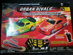1:43 scale slot car racing set