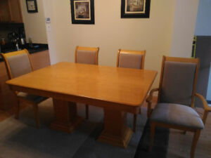 9 piece Dining Table Set – solid oak wood
