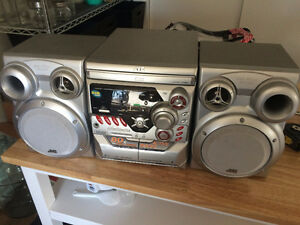 3CD stereo with Aux hookups