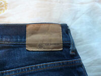 JEANS GUESS COMME NEUF