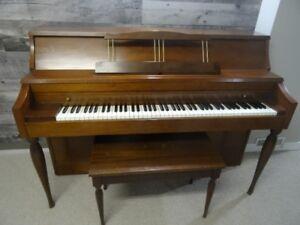 Gerhard Heintzman piano, very good condition $400 OBO