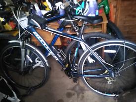 Claud butler explorer unisex hybrid bike