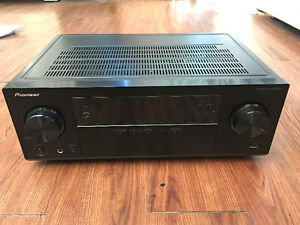 Pioneer VSX-523 (for repair, OBO)