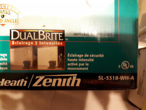 LightsHeath Zenith 240-Degree 2-Head White Halogen Motion-Activ