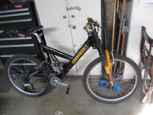 Mens Cannondale full suspension bike