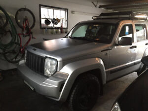 2009 JEEP LIBERTY WINTER DRIVING WITH NEW TIRES REMOTE STARTER