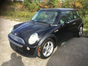 2005 Mini Cooper MUST GO! Awesome Car! BEST OFFER TAKES IT!