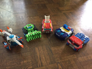 5  preloved Transformers ready for their next 'Andy'