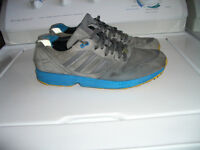 """ ADIDAS """" ------------ runners ------- size 11.5 - 12 US"