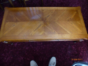 Coffee table & matching end tables