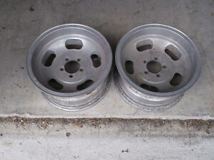 "14"" ALLOY SLOT WHEELS London Ontario image 2"