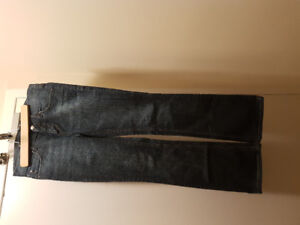 Jeans new size 28 stretch
