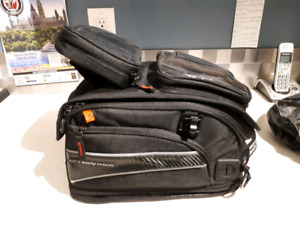 Nelson-Rigg magnetic tank bag with Nelson-Rigg GPS Mate.