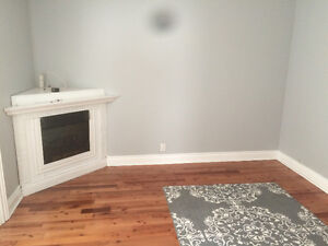 Beautiful Condo Available in East Hill Belleville Belleville Area image 2
