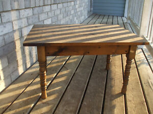 ANTIQUE END TABLE HOME MADE GREAT CONDITION,,FOR SALE