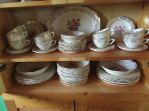VINTAGE DOMINION CHINA - BRIAR ROSE - REDUCED!!!
