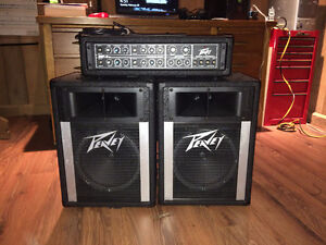 Mint condition Peavey Mark III Series MP-4 Mixing AMP + SPEAKERS
