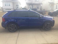 2013 Ford Edge SEL LOW KM!!