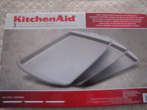 Kitchen Aid Pans / Cookie Sheet / Trays