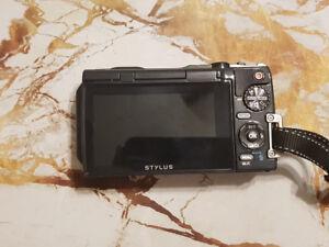 Olympus TG-870 Camera