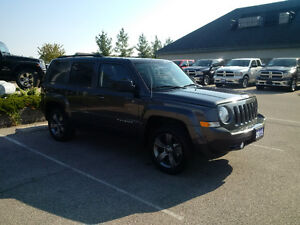 2017 Jeep Patriot North High Altitude 4x4 with Nav only 18000kms London Ontario image 5