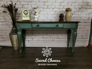 Accent/Entrance/Sofa Table