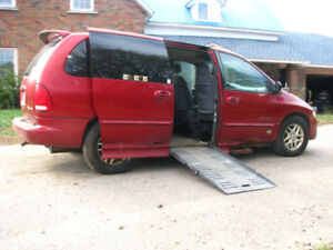 2000 Dodge Grand Caravan with Wheelchair Ramp