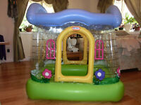 Little Tikes Inflatable Castle, Balls, Tunnel and Swimming pool