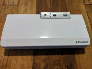 Foodsaver vacuum sealer V2060