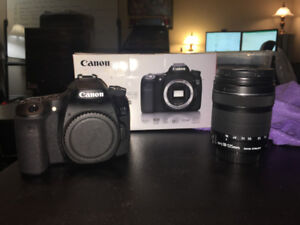 Canon EOS 70D DSLR Camera w/ 18-135mm Lens EXTRAS! $2300+ Value
