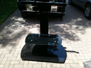 Tv stand for up to 65 inch tv