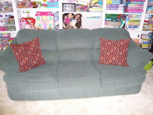 Green couch & love seat